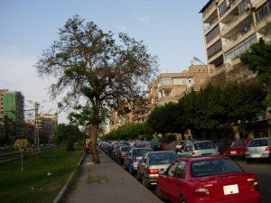 Leben in Kairo - Osman ibn Afan Straße in Heliopolis, Kairo