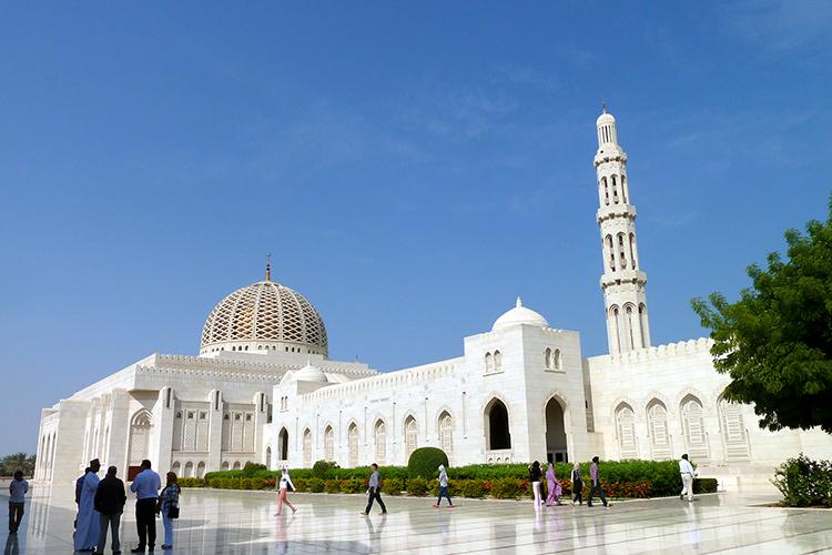 10 Oman Tipps: Große Sultan Qaboos Moschee, Maskat, Oman
